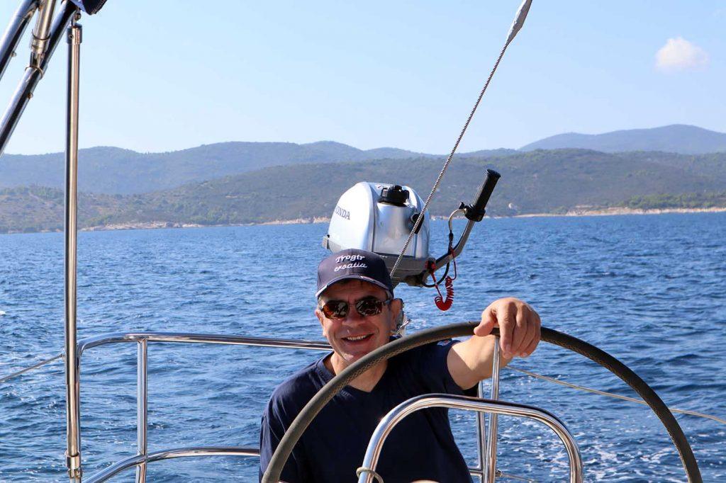 Helmsman on the mediterranean - ruorimies välimerellä